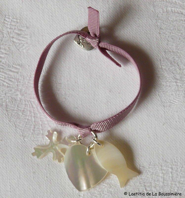 Bracelet Foi, Espérance et Charité (nacre)