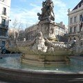 Fontaine Place Estrangin