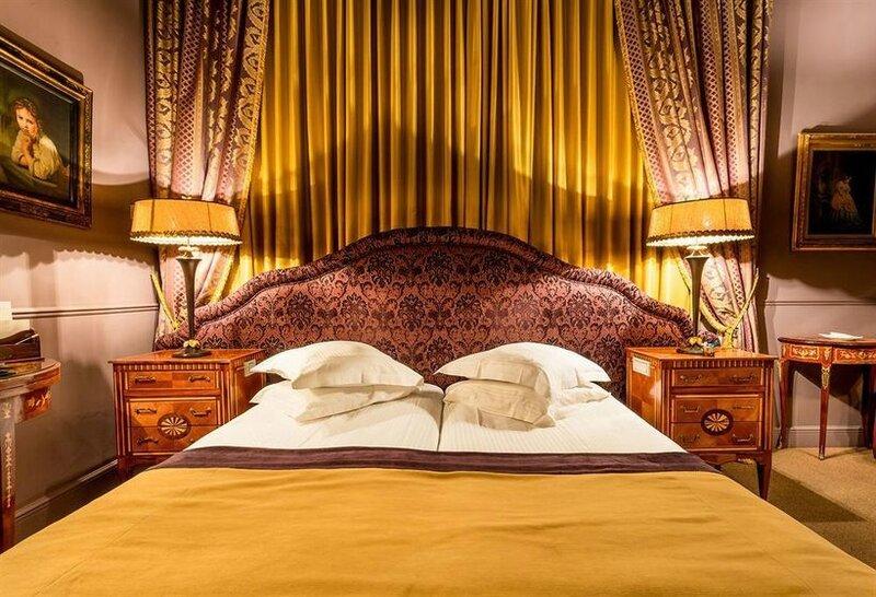 hotel-die-swaene-brujas-034