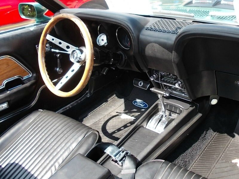 FordMustang1969cabint