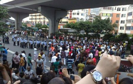 guangzhou-china-africans-protest-police-custody-death-01-600x378