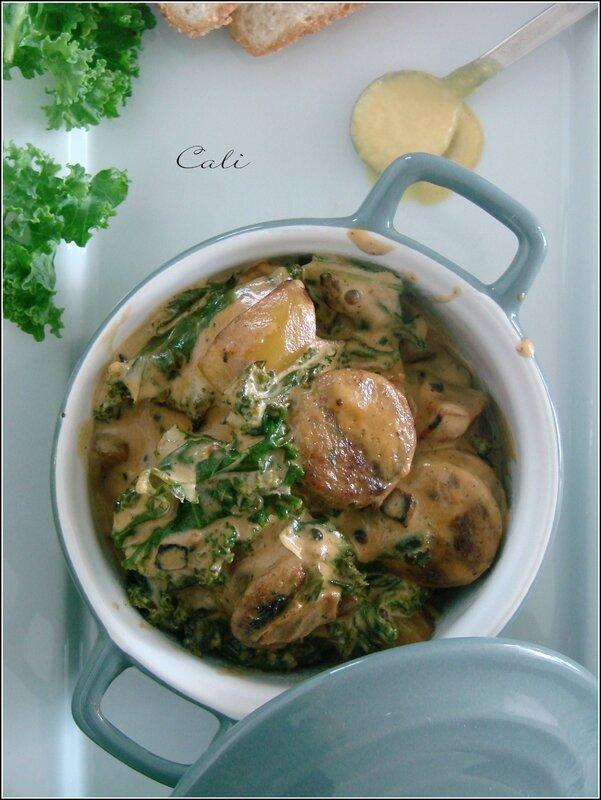 Cocotte Moutardée de Saucisses de Poulet aux Pommes de Terre & Kale 002