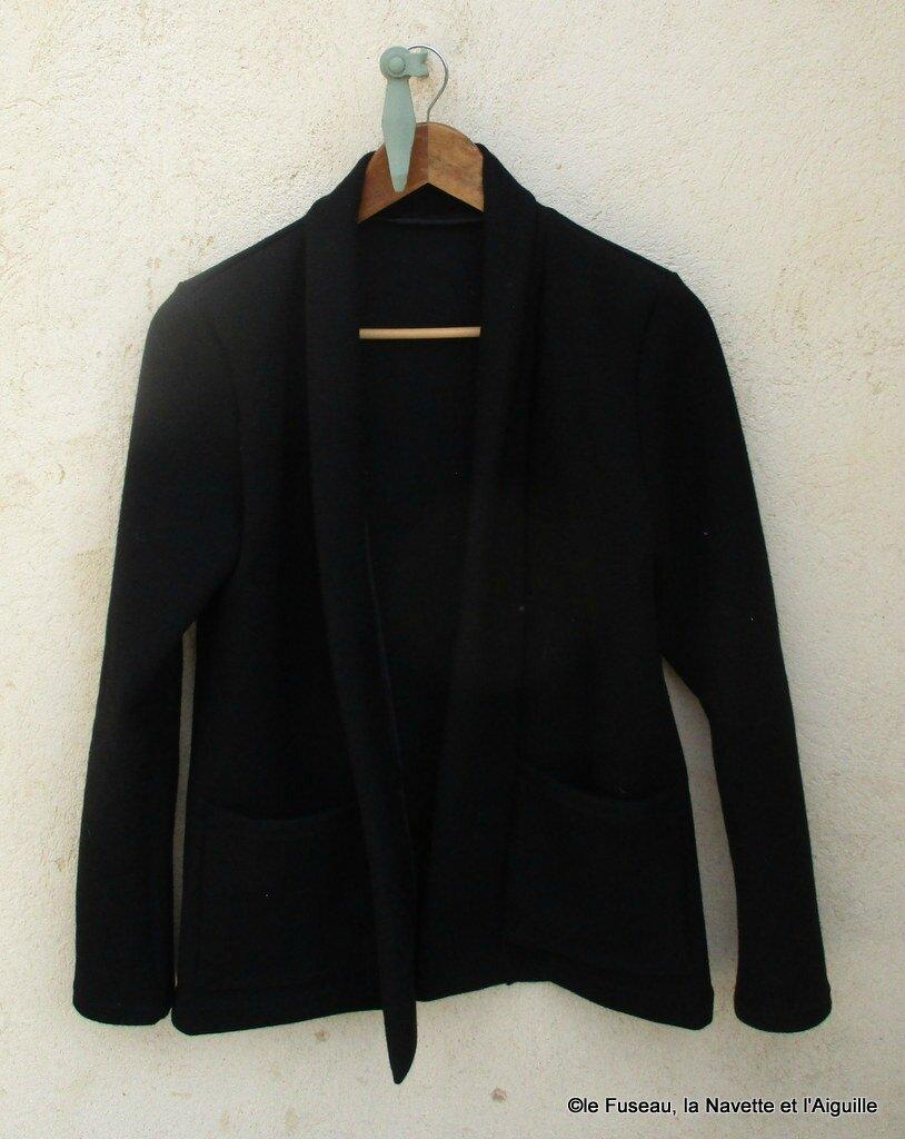 Garde-robe 2017 : 1) Veste --> CANNELLE jersey épais noir