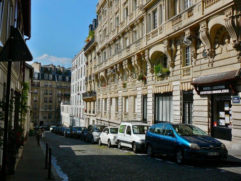 Rue Steinlen.