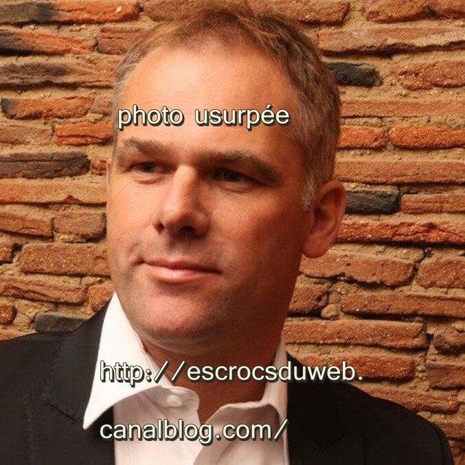Christophe Lechevallier , H politique , usurpé