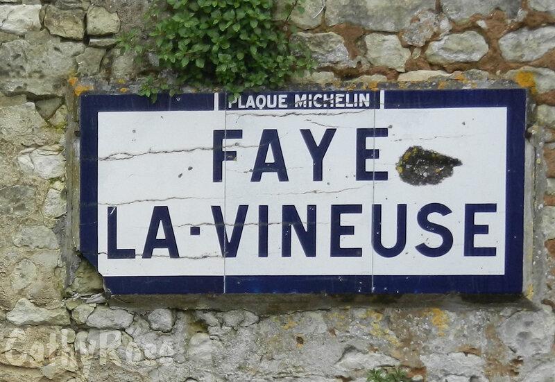 && Faye la Vineuse (1)
