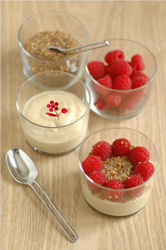 Crème rhubarbe & lait de riz, framboises, dukkah_1