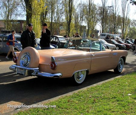 Ford thunderbird avec continental kit de 1956 (Retrorencard avril 2012) 02