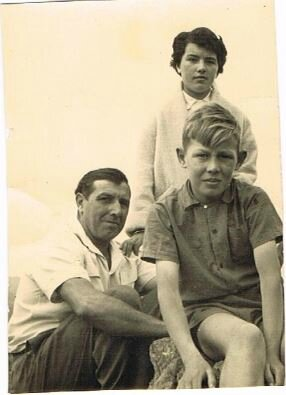 1954 Robert Peullevey fils de Alban et Hélène QUEFELEC_1