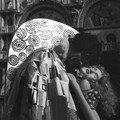 Masque Le Baiser de Klimt devant la Basilique San Marco