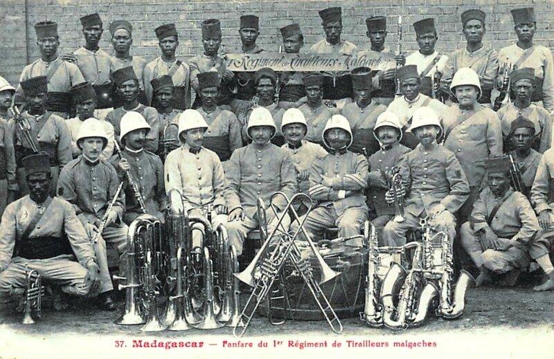 CPA Fanfare 1er Régiment Tirailleurs malgaches R