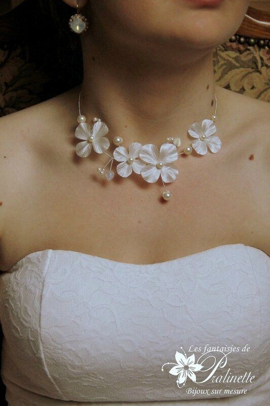bijoux-mariage-collier-mariee-fleurs-en-soie