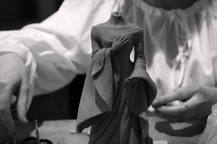 Démonstration modelage à la Cour des Miracles de Tournon sur Rhône