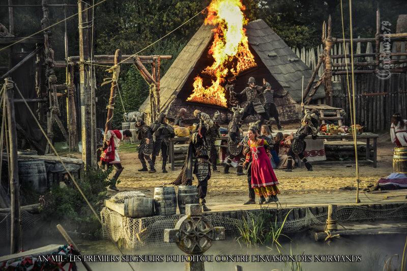 An Mil- Les premiers Seigneurs du Poitou contre L'INVASION DES NORMANDS