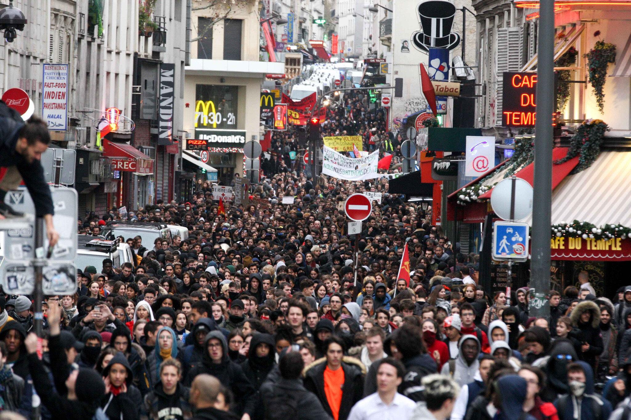 Paris : les lycéens dans la rue. © Michel Stoupak. Ven 07.12.2018, 12h26m24.