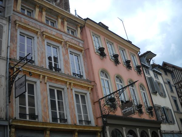 Troyes (45)