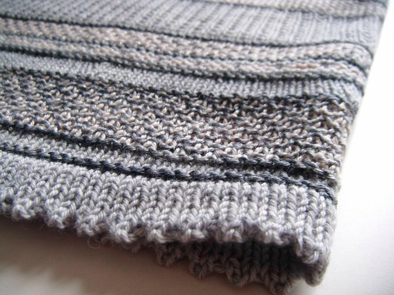 Blurred lines cowl (40)