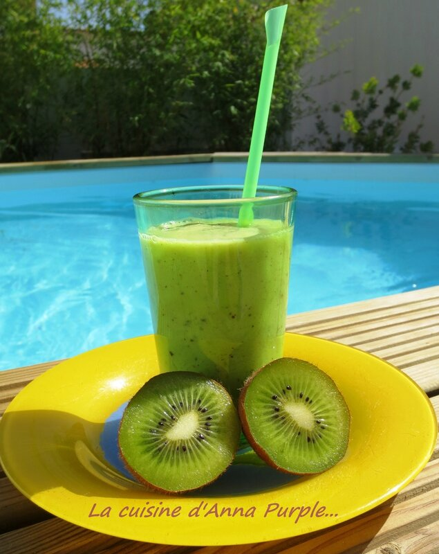 SMOOTHIES DE KIWIS - LA CUISINE DANNA PURPLE