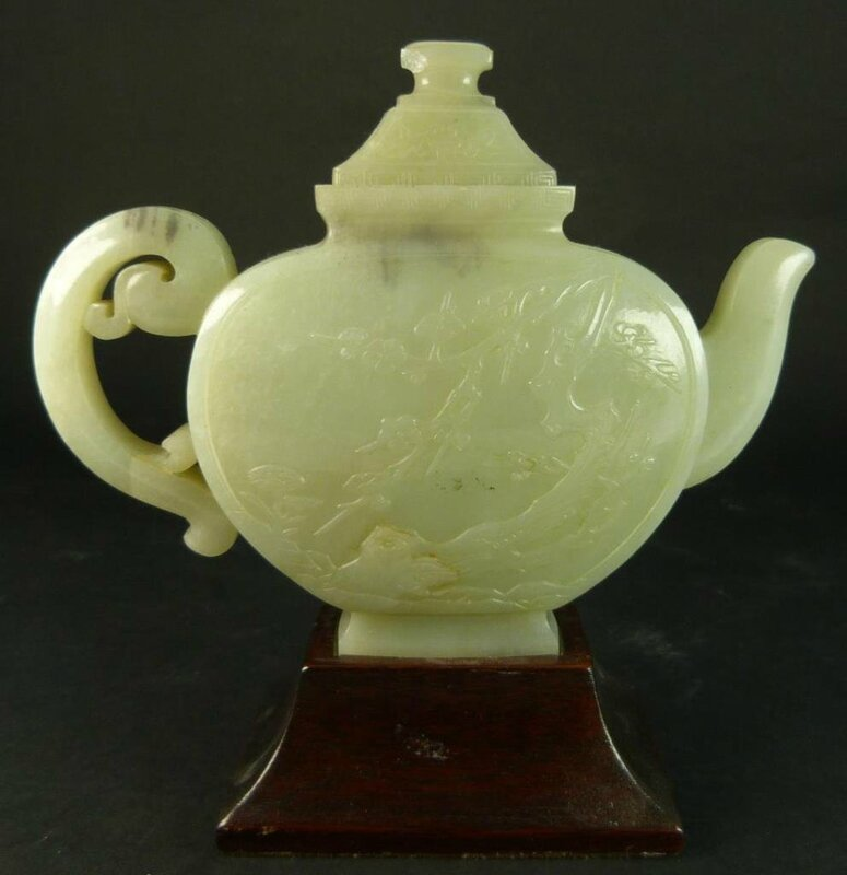 A stunning antique Chinese early Qing dynasty period teapot