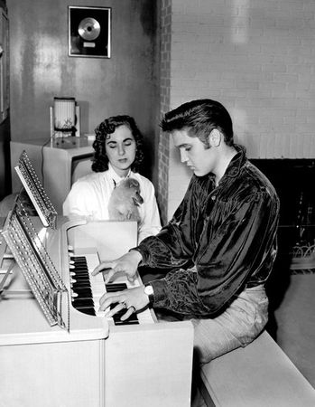 elvis_presley_keyboard