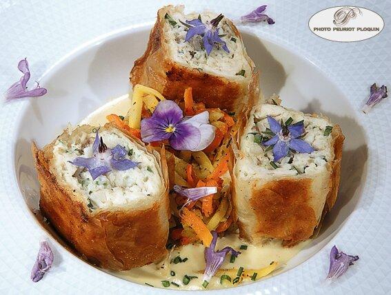 Croustillants_de_TRUITE_FARIO_julienne_de_petits_legumes_sauce_beurre_blanc_Auberge_de_Benges_a_Collonges_la_Rouge_19