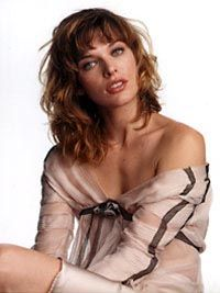 milla_jovovich_elle_2002_may_mini1