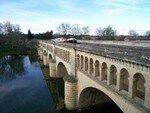 250px_Beziers_pont_canal