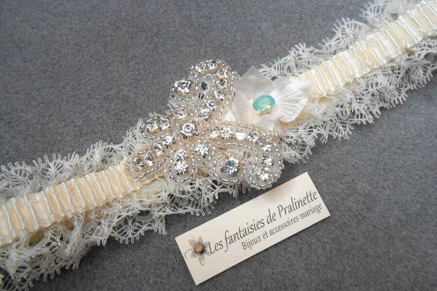bijoux-mariage-jarretiere-mariee-dentelle-et-applique-strass-2