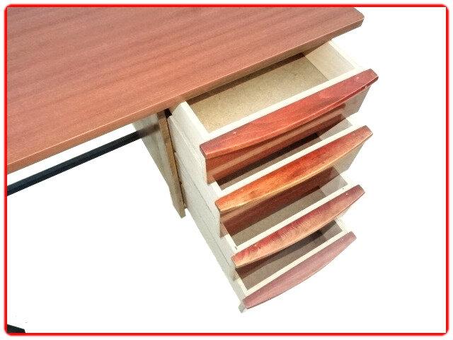 bureau vintage bois métal