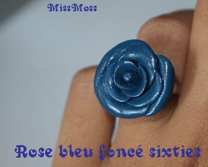 rose bleu fonce sixties