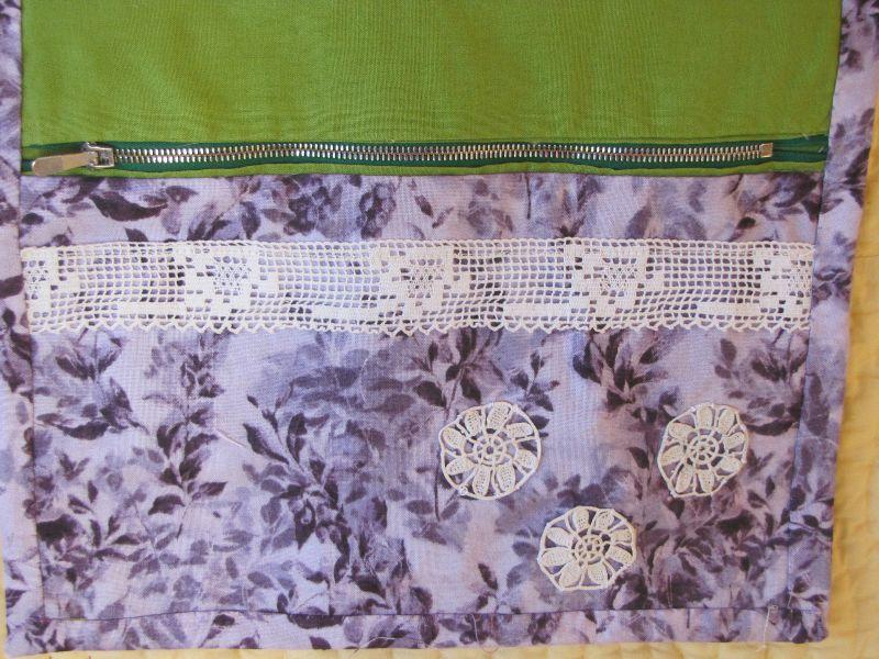 pochette violette détail application dentelles