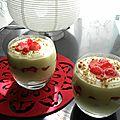 Verrines de mousse de petits suisses aux fraises