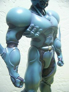 Guyver_12inch_special_with_comics3