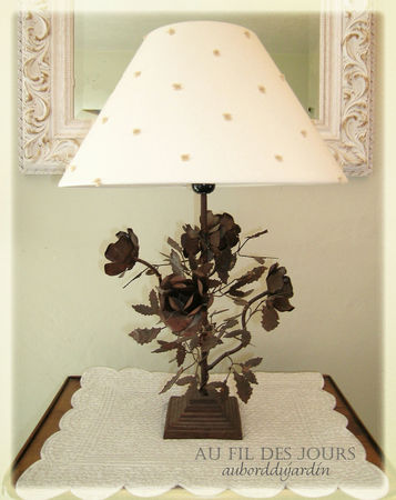 Lampe_pied_roses_m_tal