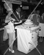 1952-miss_cheesecake-9