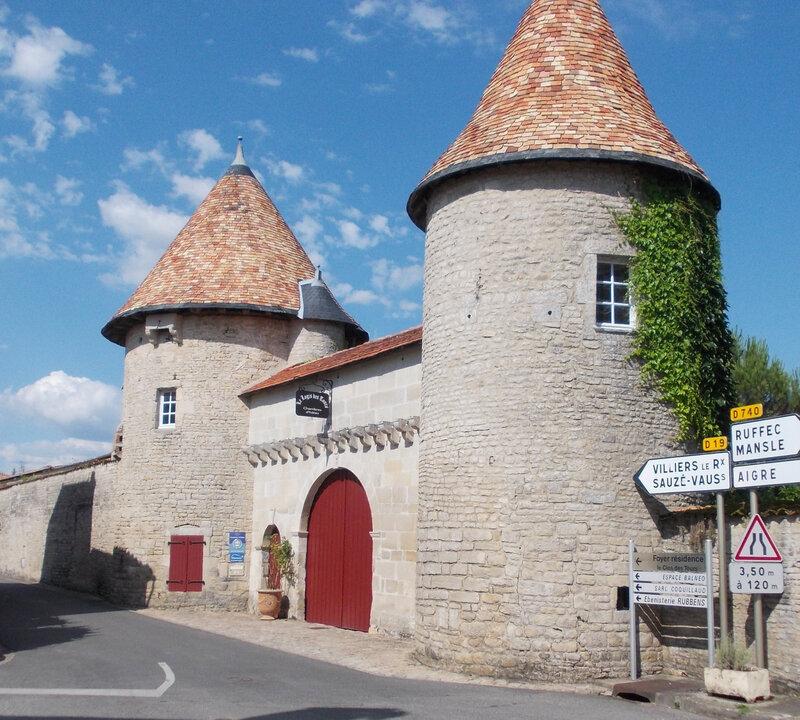 tours Villefagnan