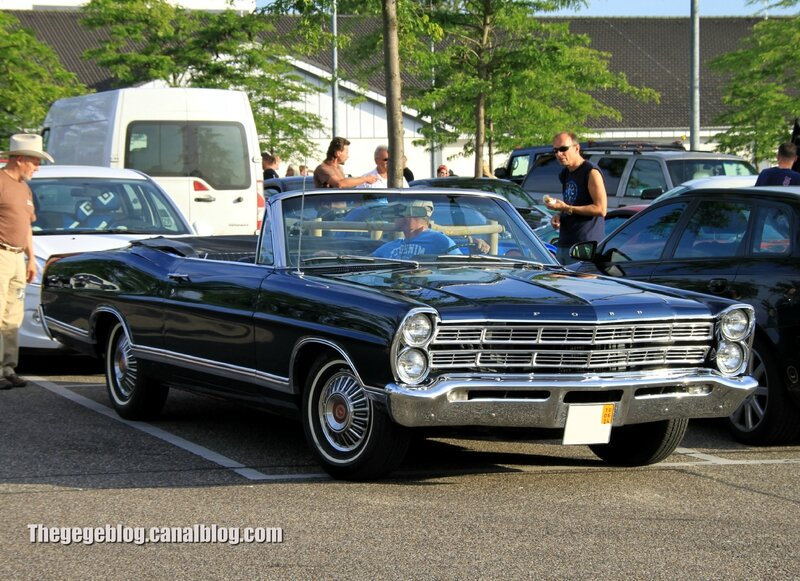 Ford galaxie 500 convertible de 1967 (Rencard Burger King Juin 2014) 01