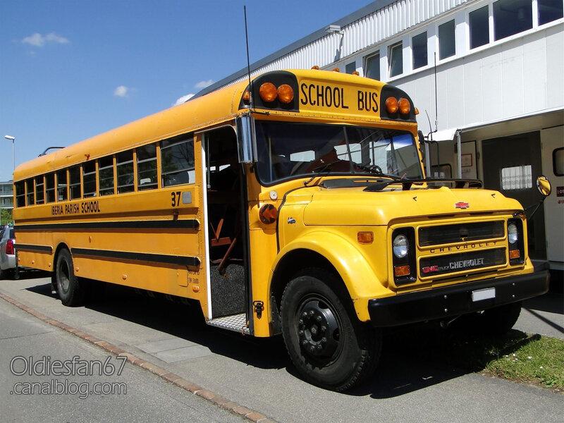 Chevrolet B-series school bus 1967-1978-01