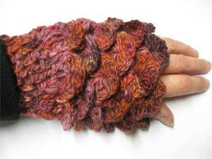 february fiber lovefest mitts