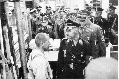 himmler_a_dachau1936