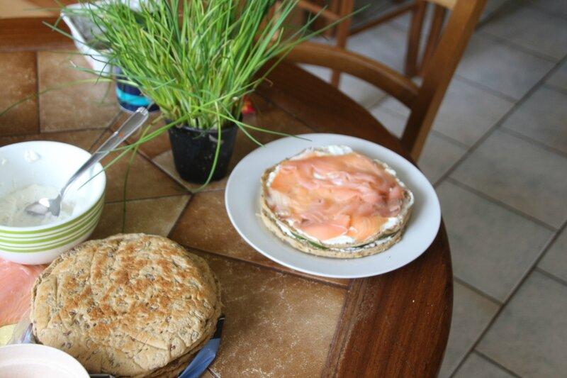 SANDWICH CAKE SAUMON ET CONCOMBRE 130616 (1)