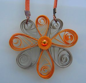 collier quilling mastic orange 2