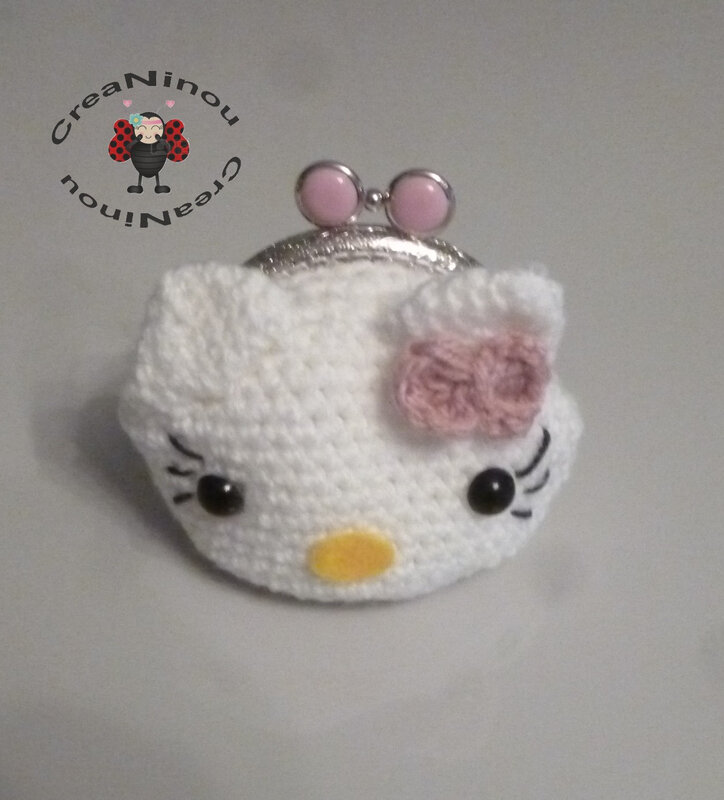 porte monnaie hello kitty A