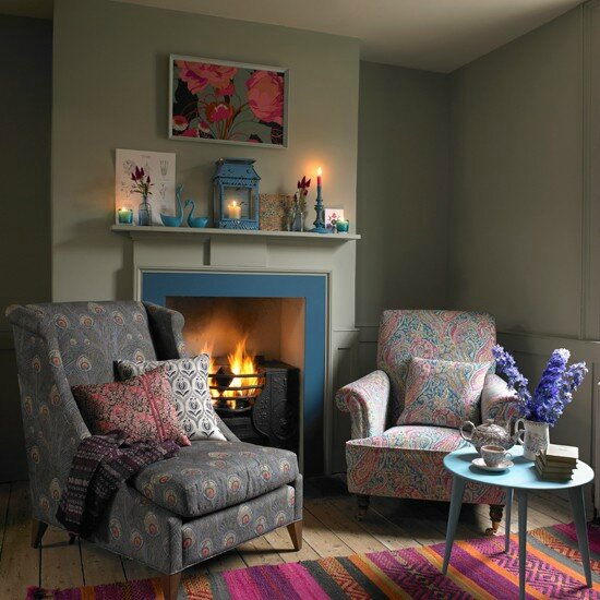Liberty-Print-Fireside-Sitting-Country-Homes-and-Interiors-Housetohome