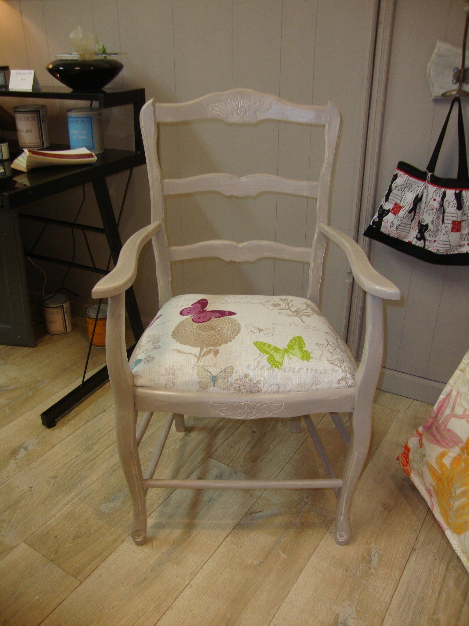 Relooker Un Fauteuil Ancien fauteuil relooké : patine lin et assise tissu - kréative déco