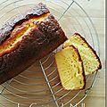 Gâteau au yaourt, amandes et fleur d'oranger