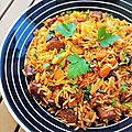 ...riz sauté ou grillé aux saucisses et merguez...