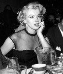 1951_AsYoungAsYouFeel_film_031_010_1