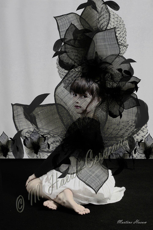 Le Mystère de la Petite Fleur Noire