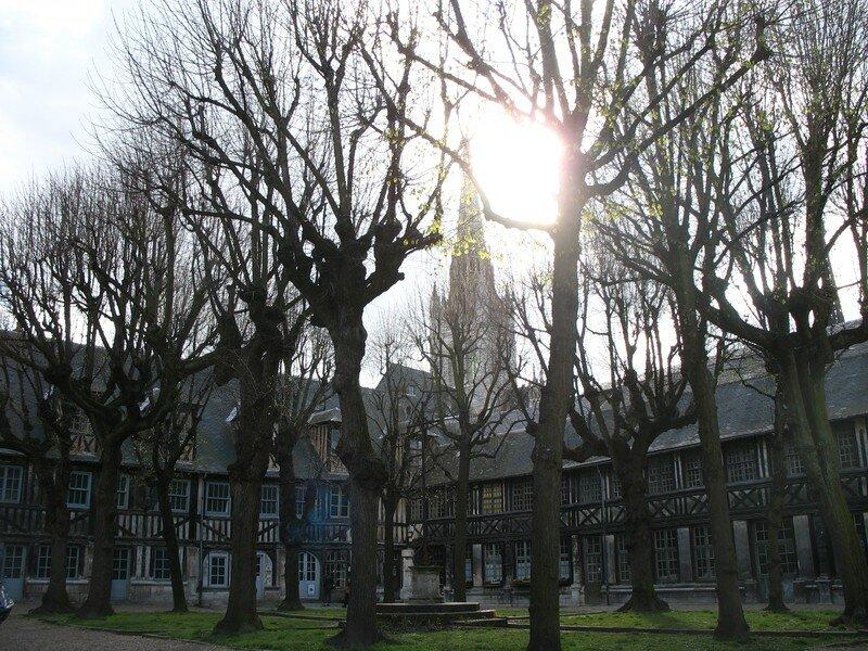 L 'aitre Saint Maclou, Rouen (27)